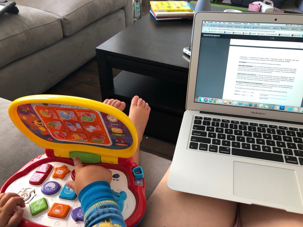 Day in the Life of a Working Mom - Lollipops & Laptops